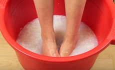 мозоли: ванночка с содой