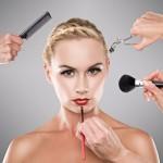 Три главные и одна большая ошибки в макияже у мам в декрете