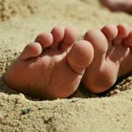 Откуда берется мозоль на стопе? Причины появления и разновидности мозолей на ногах