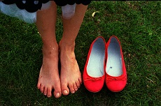 фото натоптышей на ступнях: профилактика - обувь