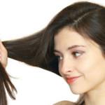 Причины выпадения волос у девушки